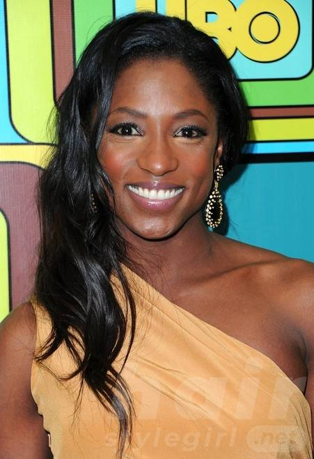 Rutina Wesley Long Black Wavy Hairstyle for Prom