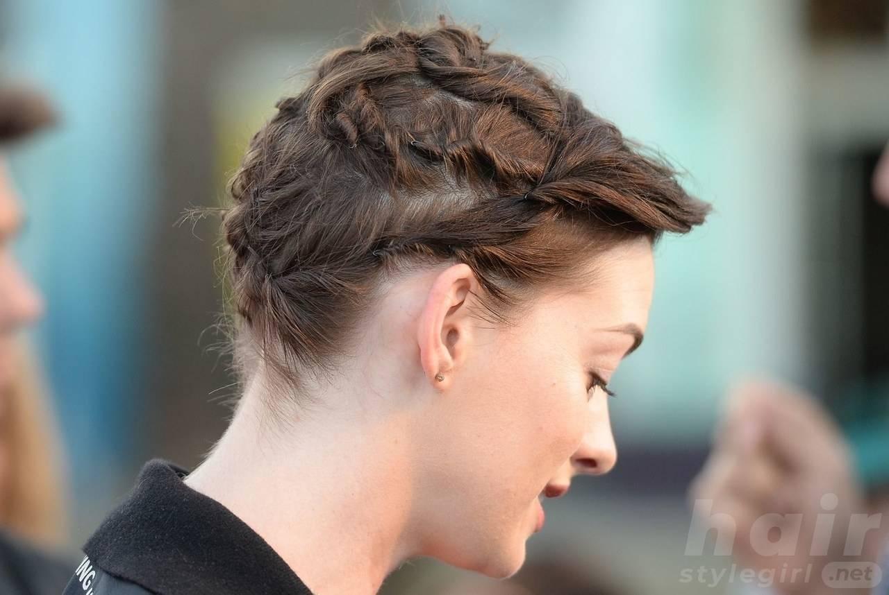 Anne Hathaway Haircut (10)