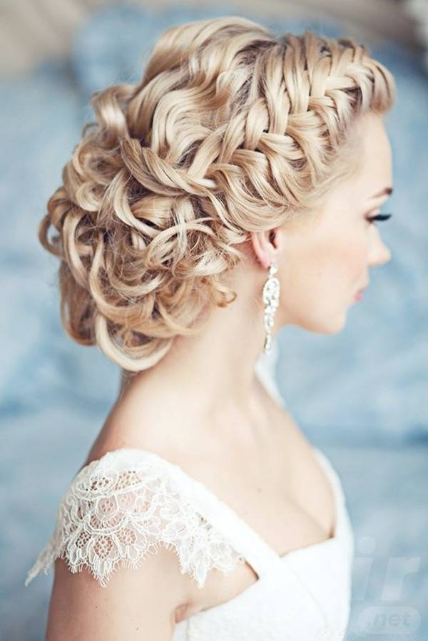 Hairstyles for Brides with Braids