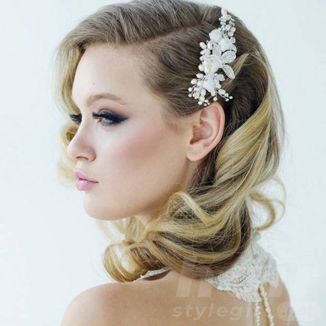 Vintage Wedding Hairstyles with Ornament