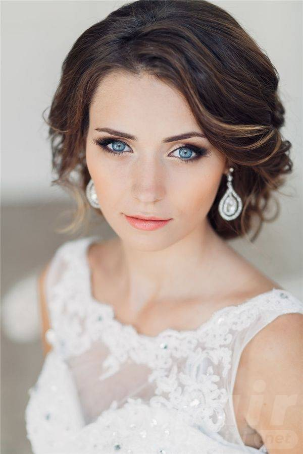 Classic and Beautiful Vintage Wedding Hairstyles