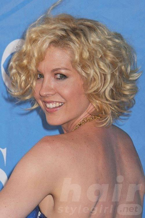 Blond Short Curly Wavy Hairstyle