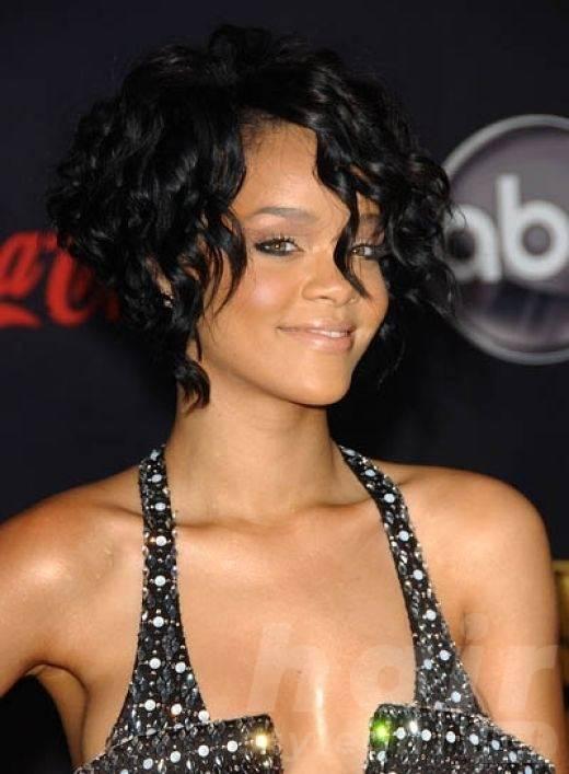 Black Mid-length Shaggy Hairstyle