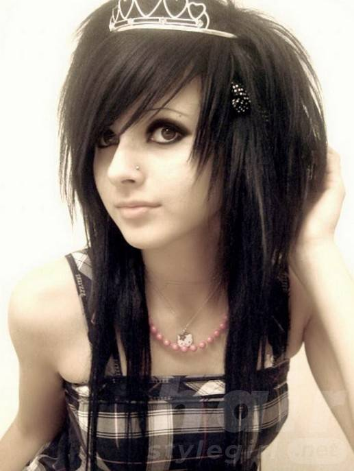 Sexy Long Black Emo Hairstyle with Bangs for Emo Girls