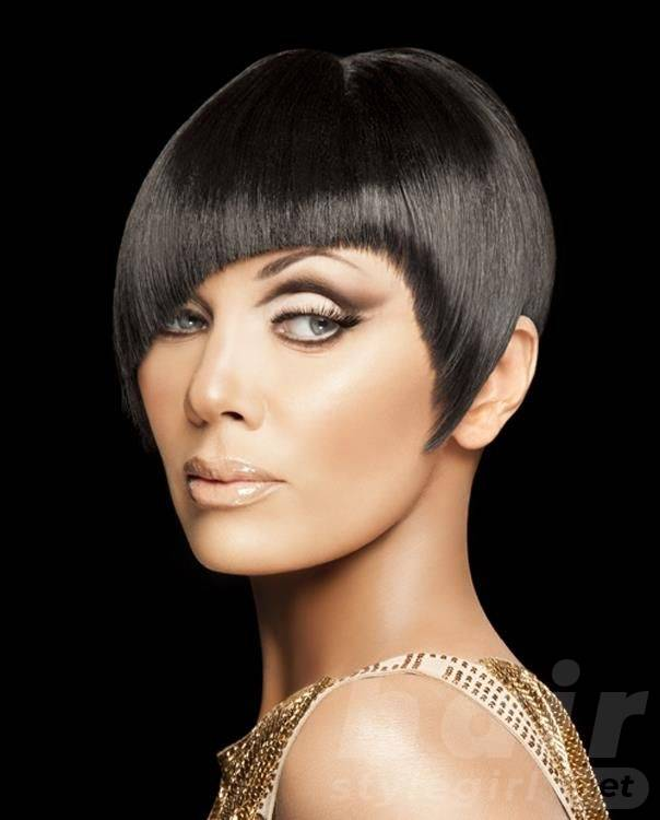 Black Short Straight Hairstyle with Bangs
