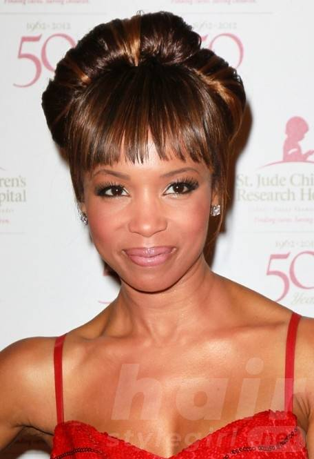 Elise Neal Hairstyles - Popular Hair Colors for Black Women