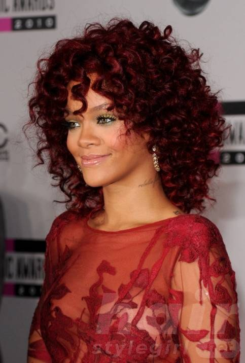 Rihanna Medium Red Curly Hairstyle for Black Women