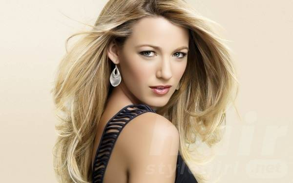 stylish-long-blonde-hairstyles