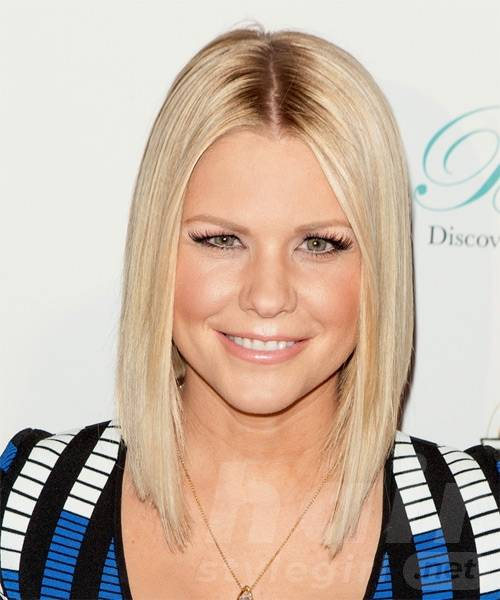carrie-keagan-medium-straight-bob-hairstyles