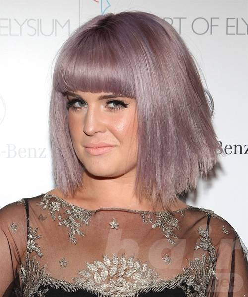 kelly-osbourne-medium-straight-bob-hairstyle
