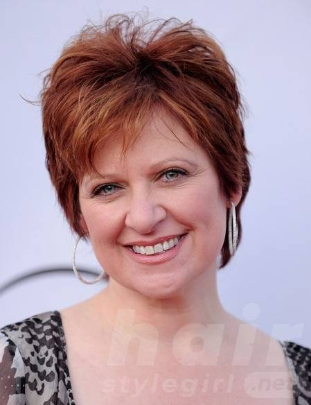 layered-short-red-pixie-hairstyle-for-women-over-50