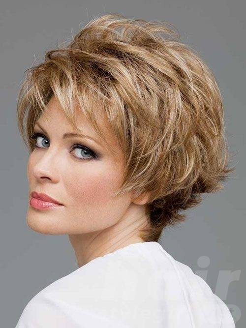 short-layered-hairstyle-for-women-over-50