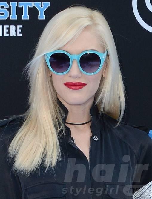 2014 Gwen Stefani Hairstyles: Blunt Medium Haircut