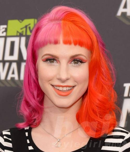 2014 Hayley Williams Hairstyles: EMO Hairstyle for Girls