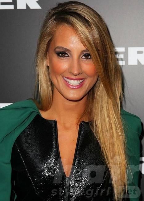 2014 Laura Dundovic Hairstyles: Long Straight Hair
