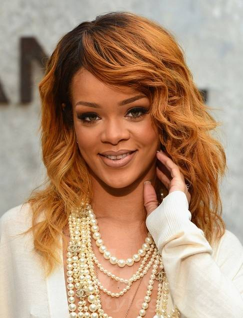 2014 Rihanna Medium Hairstyles: Layers and Soft Waves