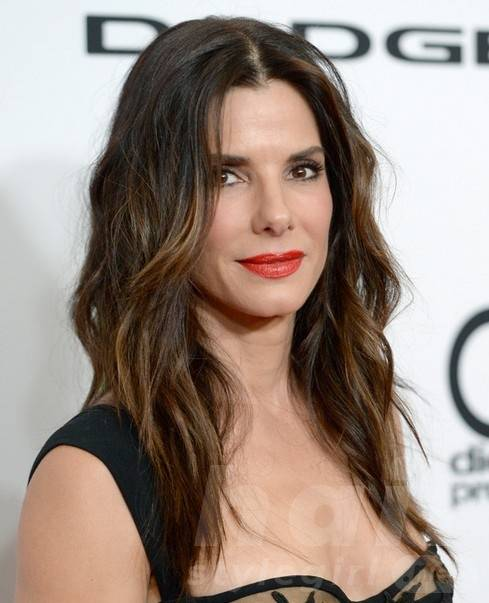 2014 Sandra Bullock Hairstyles: Brown Ombre Hair