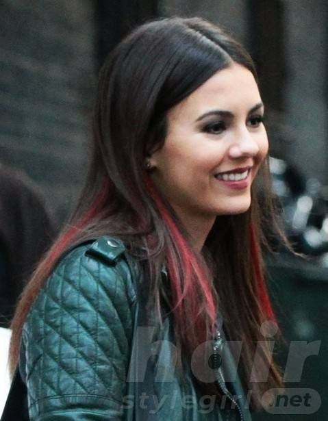 2014 Victoria Justice Hairstyles: Blunt Long Hair