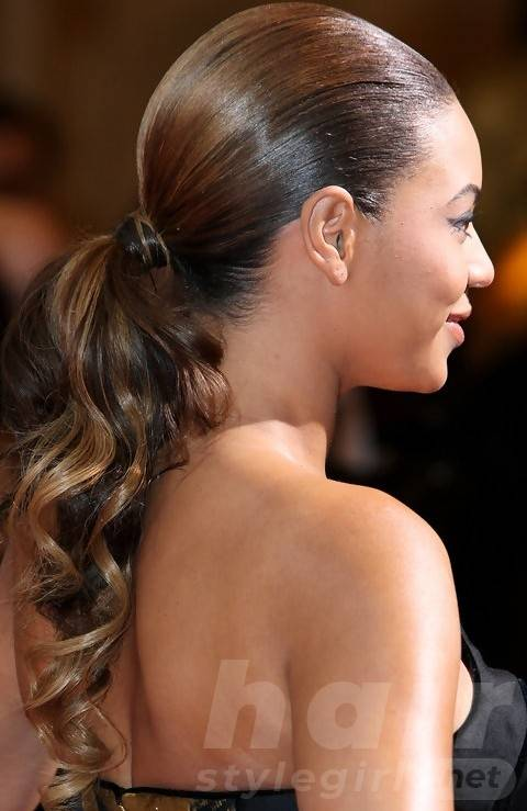 Beyonce Hairstyles: Fantastic Curly Ponytail