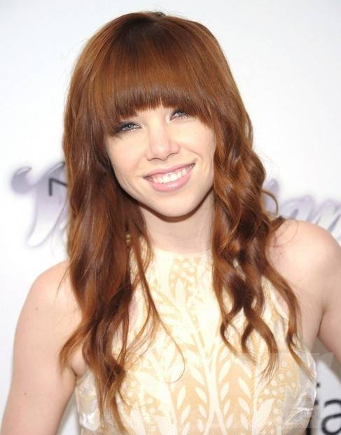 Carly Rae Jepsen Long Hairstyles 2014: Cute Hairstyle for Bangs