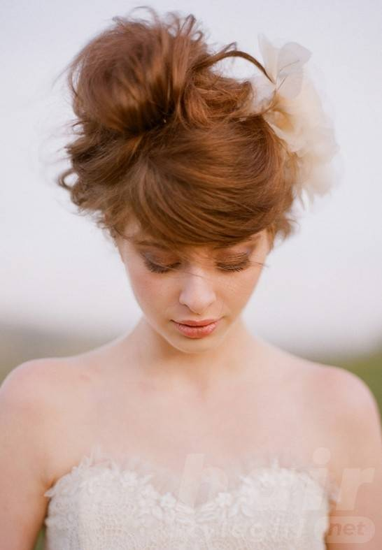Romantic updo for wedding