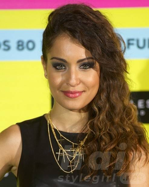 Hiba Abouk Long Hairstyles: Brown Waves