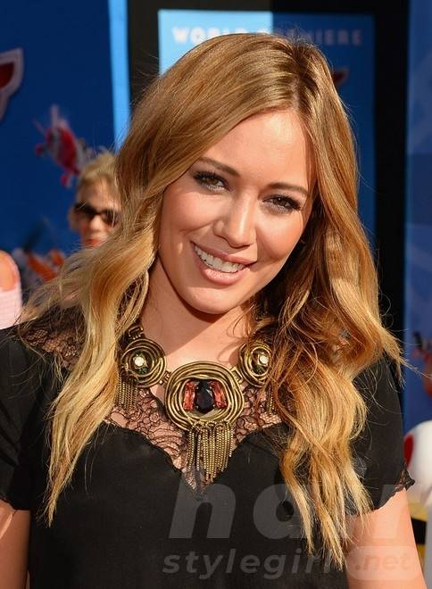 Hilary Duff Long Hairstyles 2014: Blonde Straight Hair
