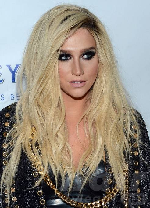 Kesha Long Hairstyles: Blonde Layered Hairstyle for Straight Hair