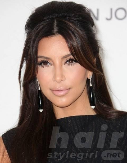 Kim Kardashian Hairstyles: Gorgeous Long Straight Haircut