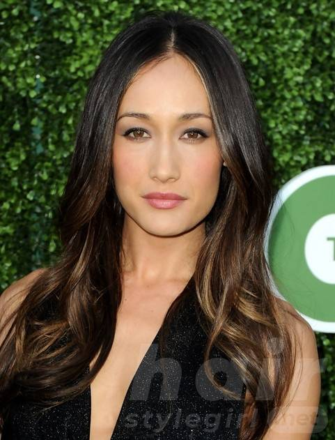 Maggie Q Hairstyles: Center-Parted Long Curls for Round Face