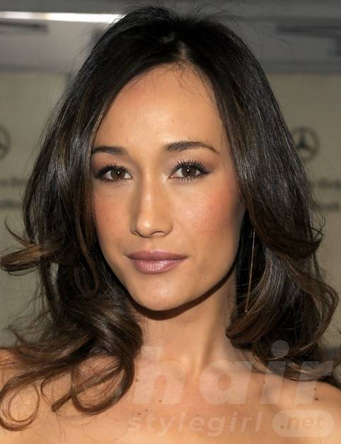 Maggie Q Hairstyles: Fashionable Loose Curls