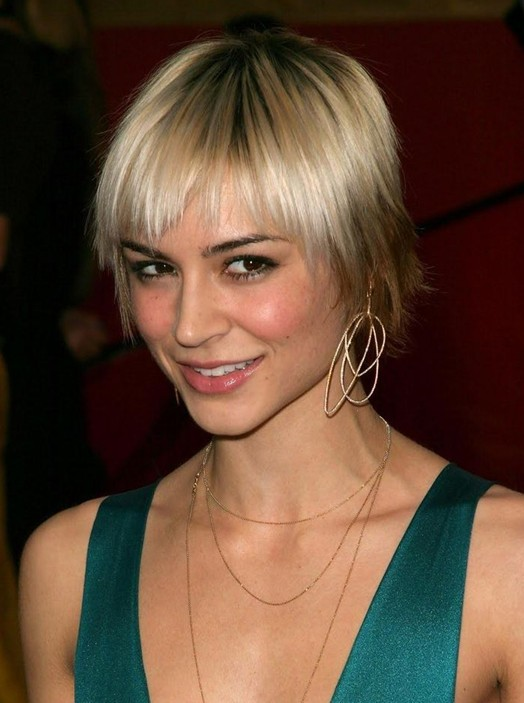 Celebrity Hairstyles for 2014: Chic Short Sleek Hairstyle with Bangs