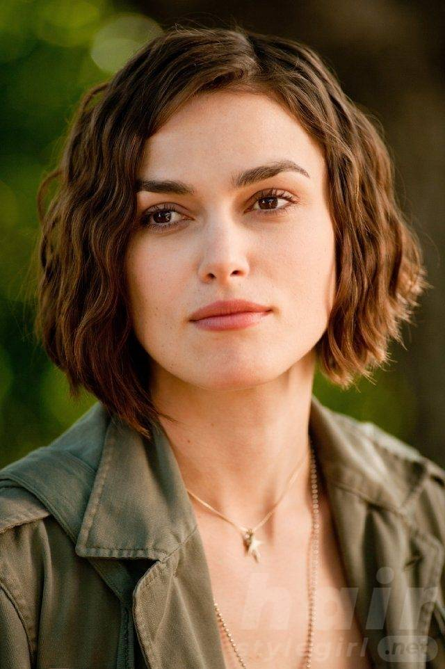 Keira Knightley Hair - Crimped Bob Hairstyle