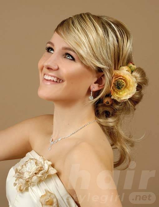 hairstyles for long hair for bridesmaids