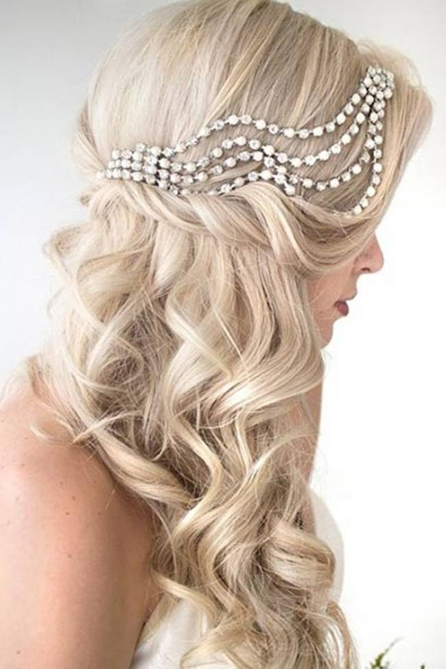 lovely-bridal-hairstyle