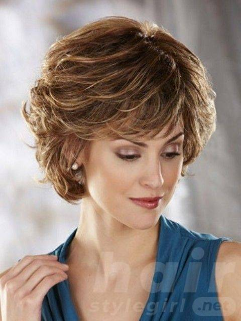 short-hairstyles-for-older-women-above-40