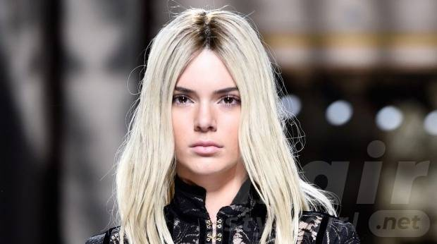 trendy-platinum-blonde-hair