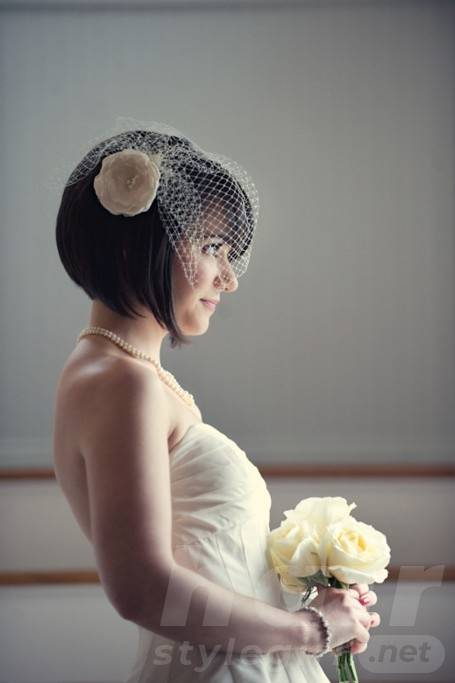 Short Bridal Hair Styles - Side View of Short Straight Wedding Hairstyle
