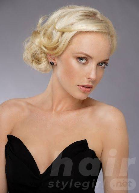 Up-do Hairstyle for Heart-shaped Women