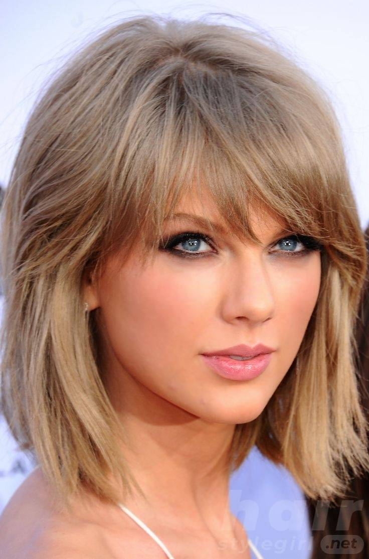 Taylor Swift Haircuts Taylor Swift S Signature Hairstyles Hair Style