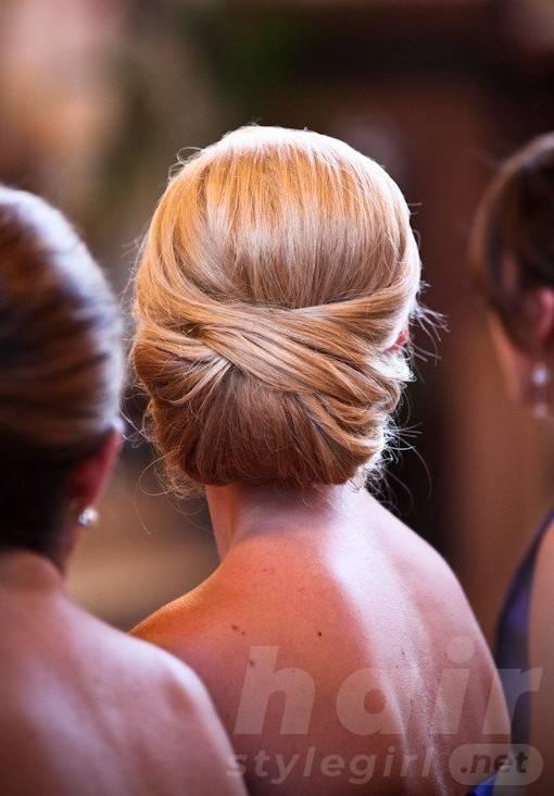 Best Fashion Updos - Elegant Updo hairstyle for Wedding